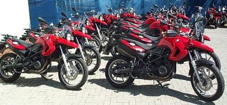 Rent motorcycles BMW F 650 GS 800 cmc